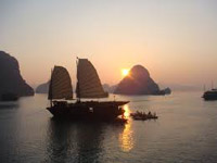 ha long sunset